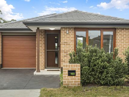 103 Howarth Street, Ropes Crossing NSW 2760-1