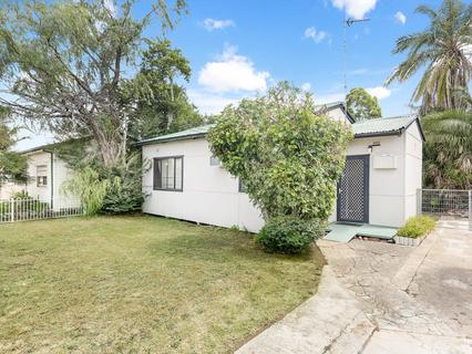 49 Carinya Avenue, St Marys NSW 2760-1