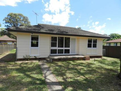 11 Cumbernauld Crescent, Dharruk NSW 2770-1