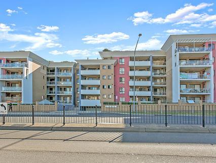 90/21-29 Third Avenue, Blacktown NSW 2148-1