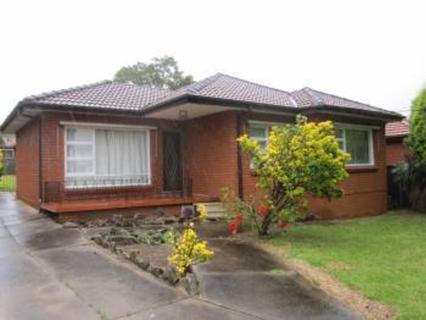 7 Dora Street, Blacktown NSW 2148-1