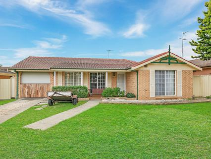 42 Charmer Crescent, Minchinbury NSW 2770-1