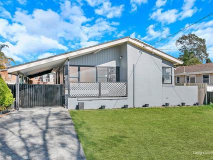 8 Halinda Street, Whalan NSW 2770-1