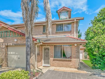4/11 Meacher Street, Mount Druitt NSW 2770-1