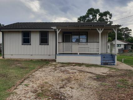 6 Sandakan Crescent, Lethbridge Park NSW 2770-1