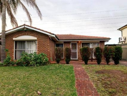 18 Carroll Crescent, Plumpton NSW 2761-1