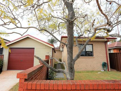 36 Charles Todd Crescent, Werrington County NSW 2747-1