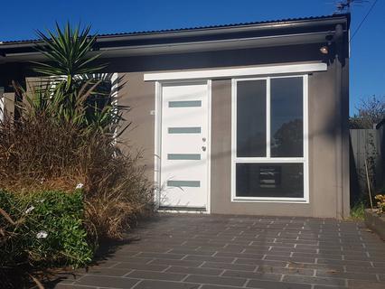 1A Wangaroa Crescent, Lethbridge Park NSW 2770-1