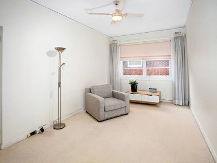 17/4 Henrietta Street, Double Bay NSW 2028-1