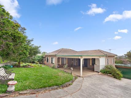 129 Headland Road, North Curl Curl NSW 2099-1