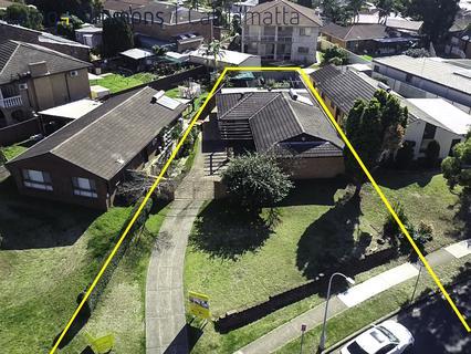 1 Swan Road, Edensor Park NSW 2176-1