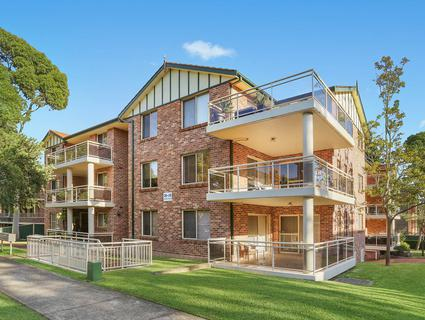 7/36 Oxford Street, Mortdale NSW 2223-1