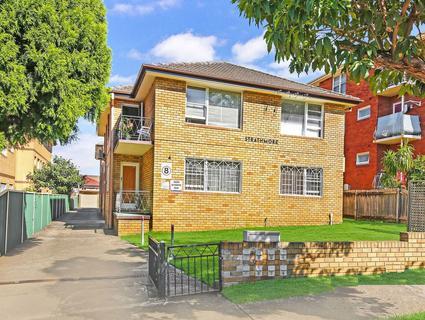 4 Hill St, Campsie NSW 2194-1