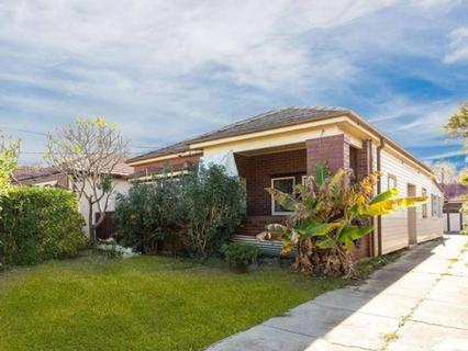 3 Robinson St North, Wiley Park NSW 2195-1