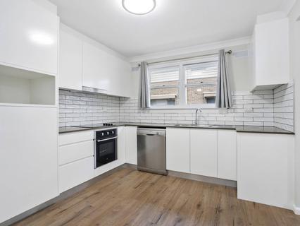 21 Oak Street, North Narrabeen NSW 2101-1
