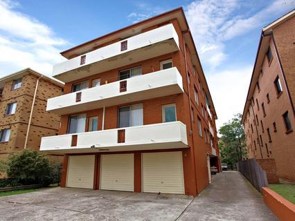4/88 Smart Street, Fairfield NSW 2165-1