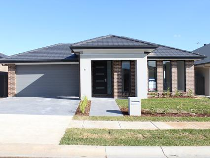 26 Fairbrother Avenue, Denham Court NSW 2565-1