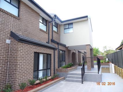 4/83 Blaxcell Street, Granville NSW 2142-1