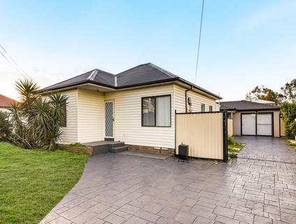 8 Blaxland St, Yennora NSW 2161-1