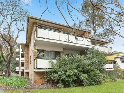 16/18 Thomas May Place, Westmead NSW 2145-1