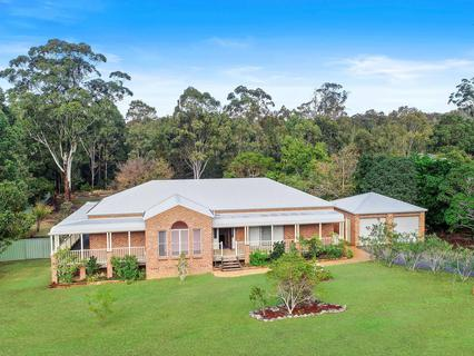 10 Springhill Place, Lake Cathie NSW 2445-1