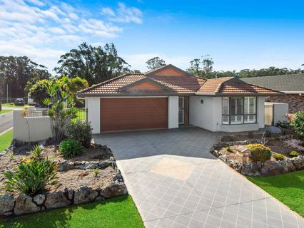 6 Andean Place, Port Macquarie NSW 2444-1