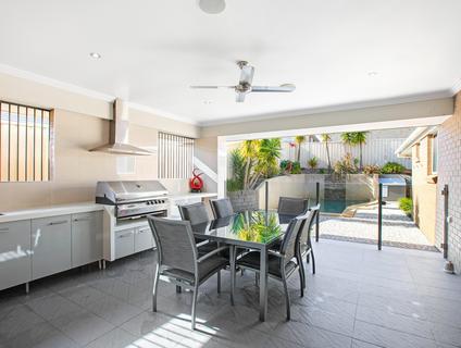 35 Braeroy Drive, Port Macquarie NSW 2444-1