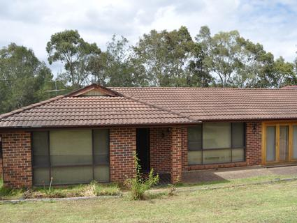 18 Acuba Grove, Quakers Hill NSW 2763-1