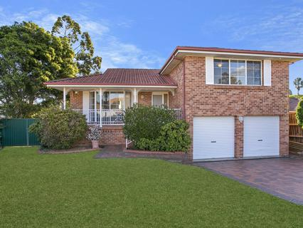 13 Samuel Place, Quakers Hill NSW 2763-1