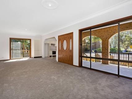 34B Oak St, North Narrabeen NSW 2101-1