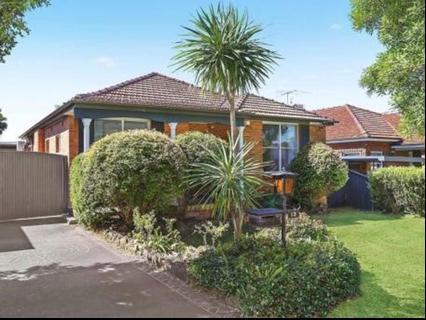 13 Harslett Crescent Beverley Park NSW 2217-1