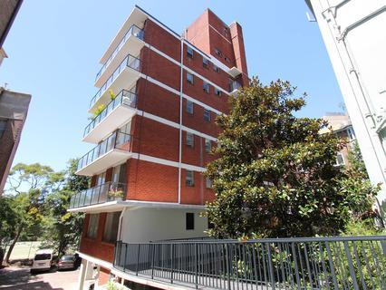 2/40A Roslyn Gardens, Elizabeth Bay NSW 2011-1