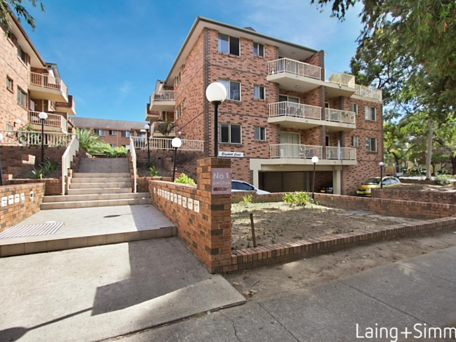 22/1 Junction Street, Granville NSW 2142-1