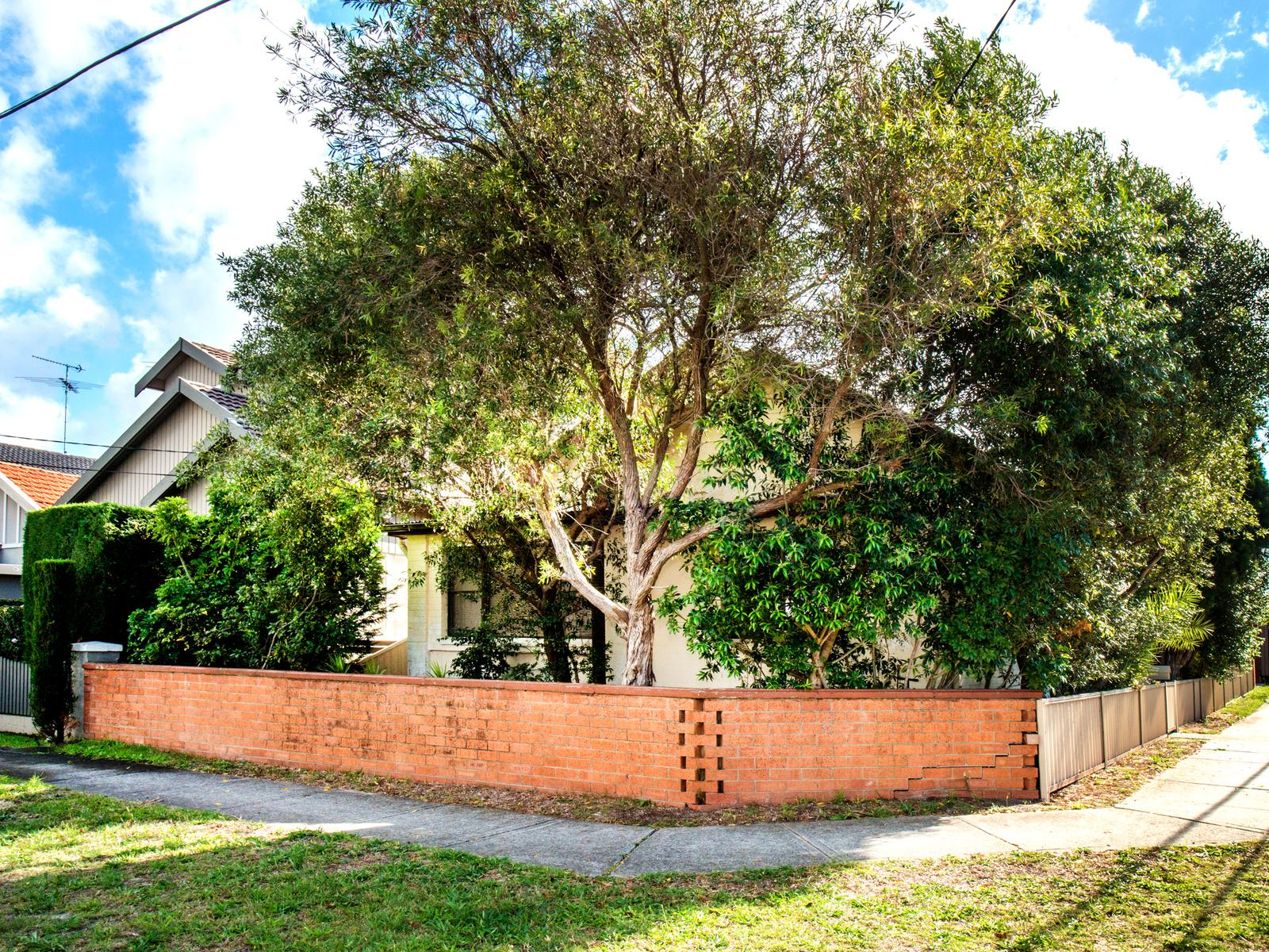 10 Marville Avenue Kingsford NSW 2032-1