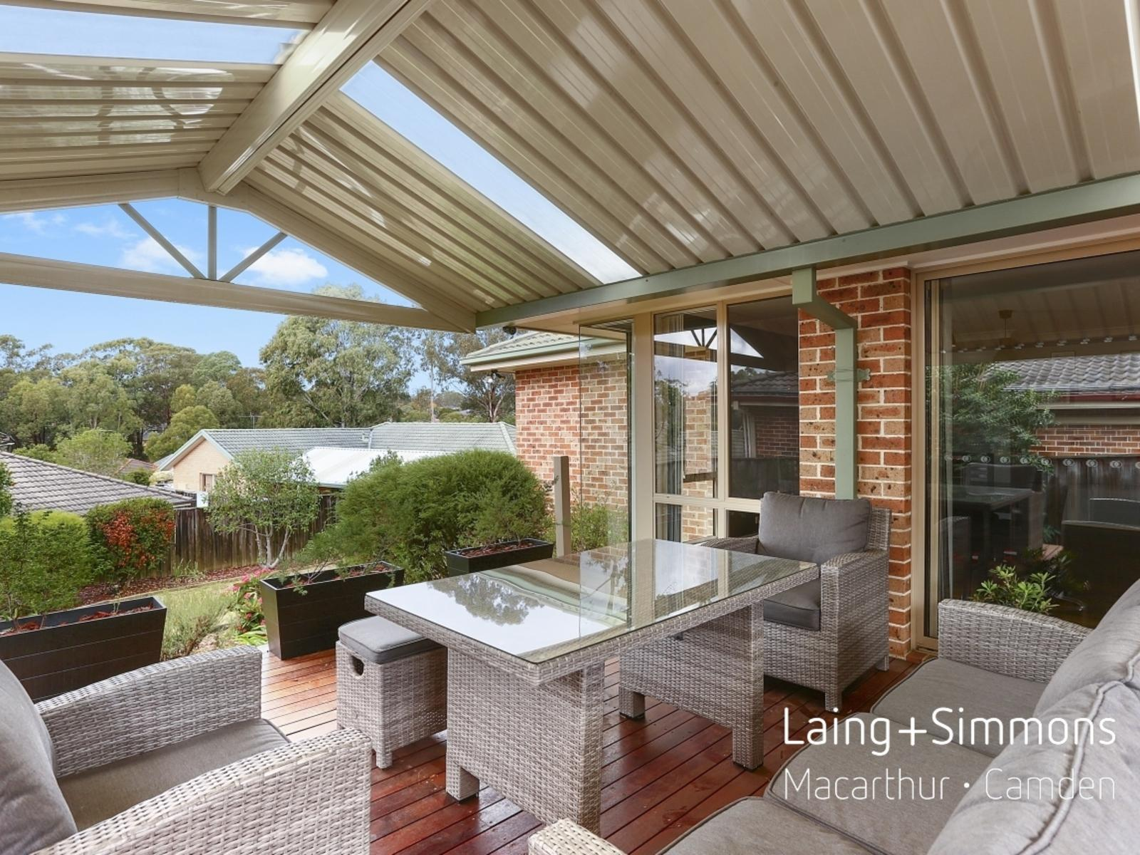 3 Dore Place, Mount Annan NSW 2567-1