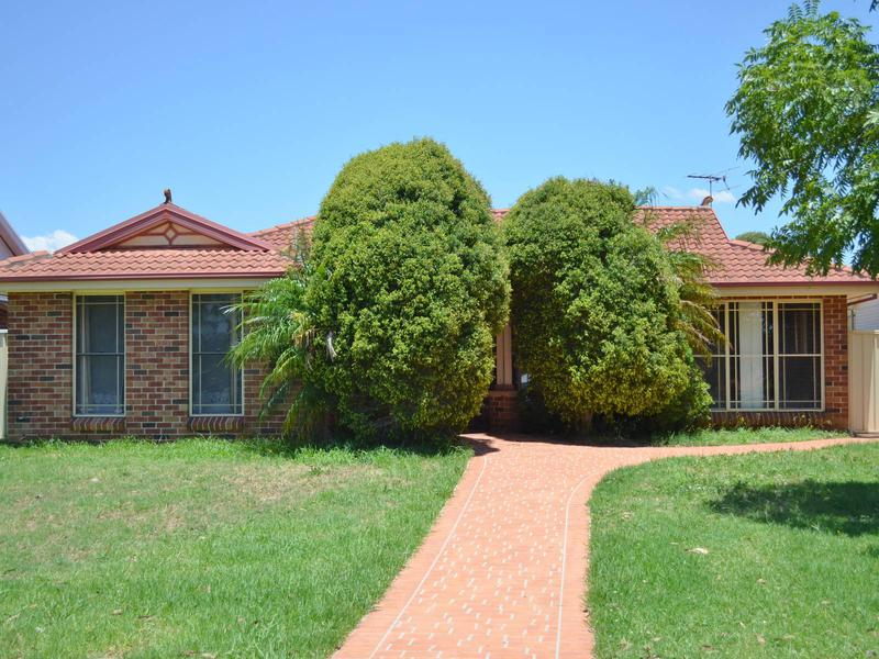 5 Chaucer Street, Wetherill Park NSW 2164-1