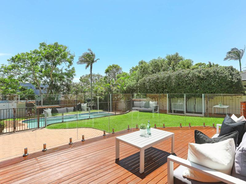 19 Pacific Street, Caringbah South NSW 2229-1