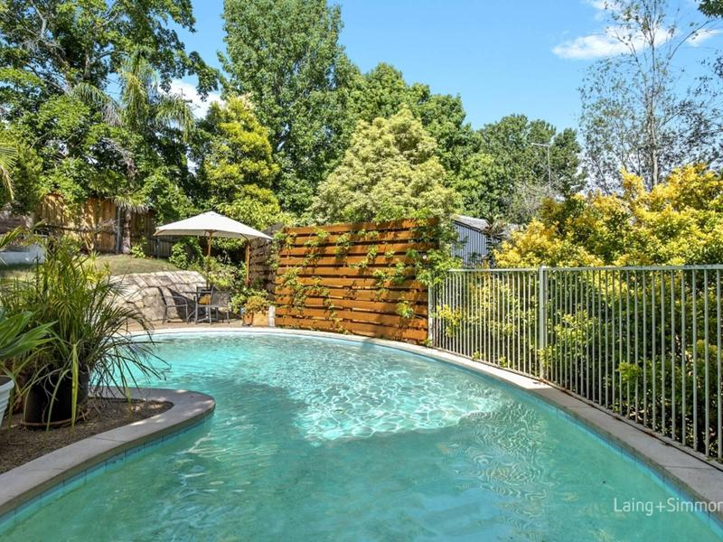 3 Tabell Close, Hornsby Heights NSW 2077-1