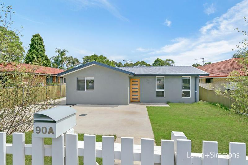 90A Quakers Rd, Marayong NSW 2148-1