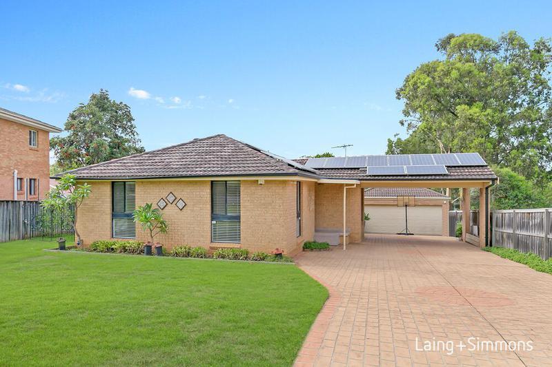 55 Molyneaux Ave, Kings Langley NSW 2147-1