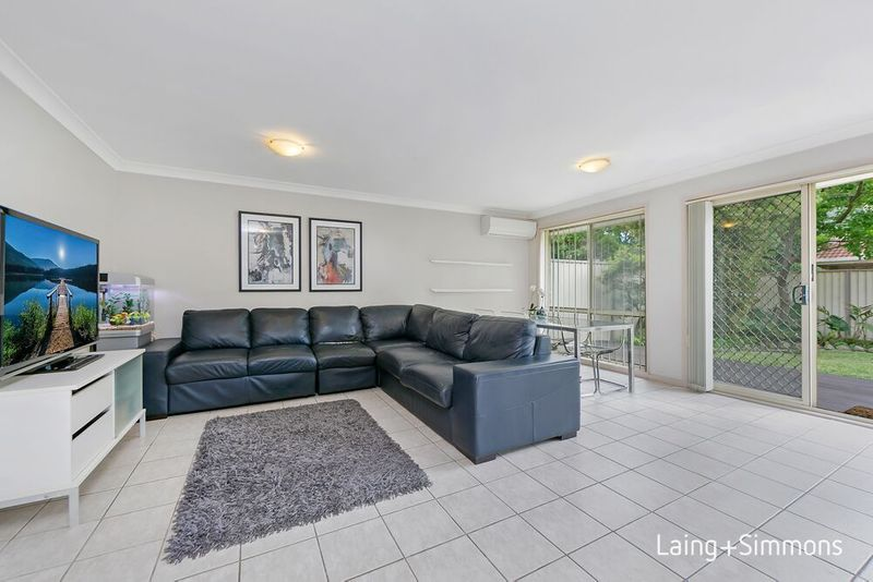 2/18 Hawker St, Kings Park NSW 2148-1