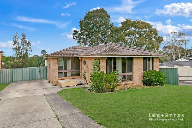 93 Faulkland cres, Kings Park NSW 2148-1