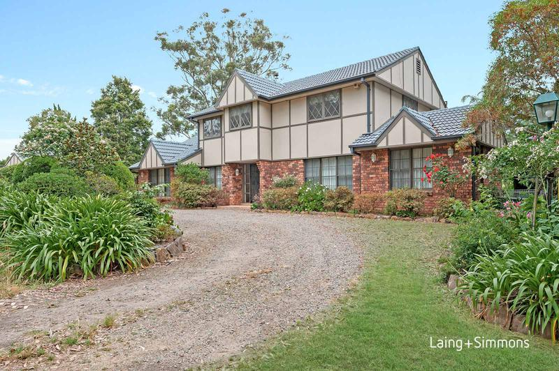 48 Derriwong Road, Dural NSW 2158-1