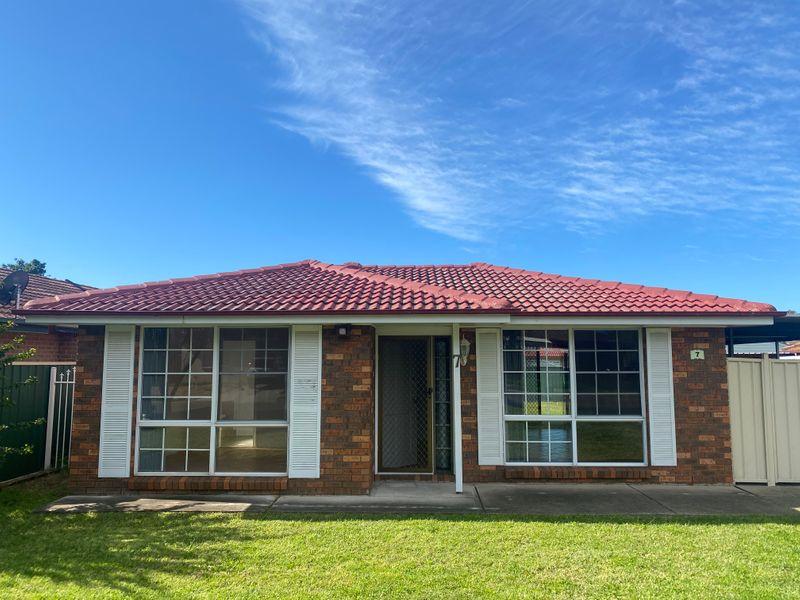 7 Winsome Avenue, Plumpton NSW 2761-1