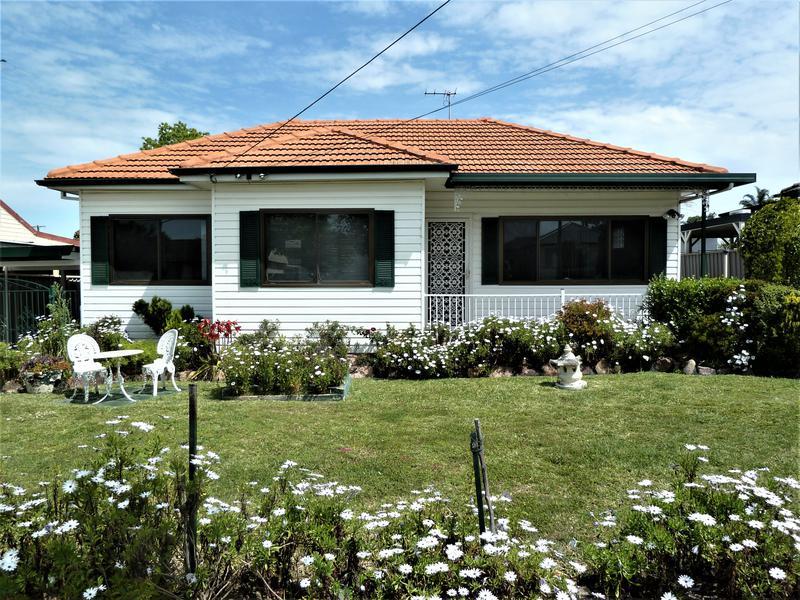 152 Carpenter Street, Colyton NSW 2760-1