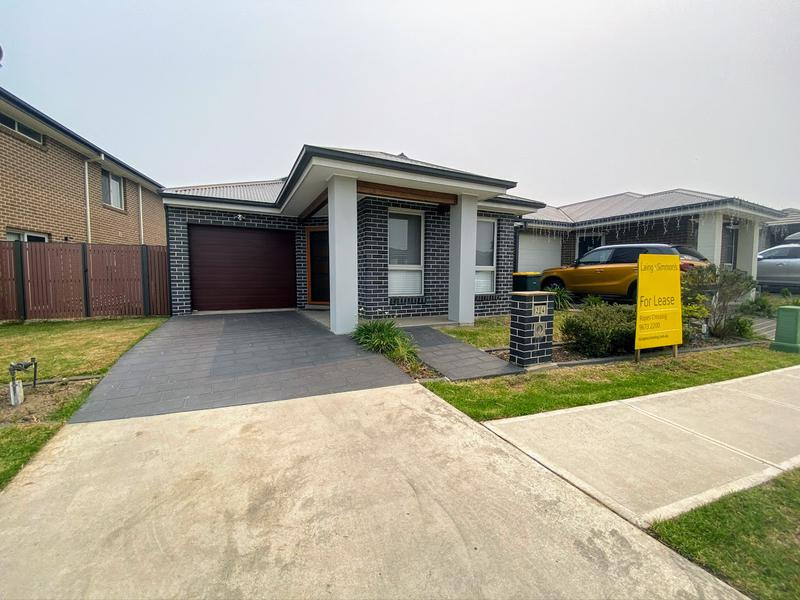 24 Herford Road, Ropes Crossing NSW 2760-1
