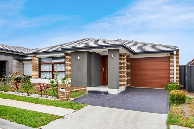 15 Howarth Street, Ropes Crossing NSW 2760-1
