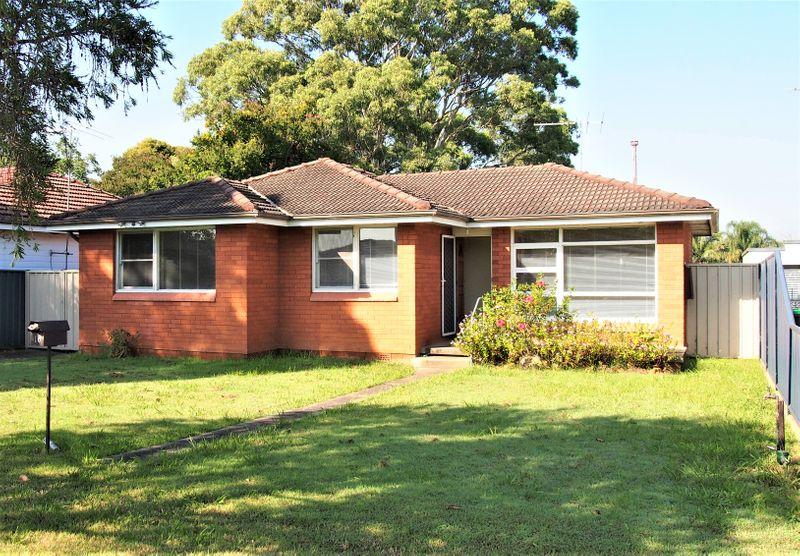 16 White Pde,, St Marys NSW 2760-1