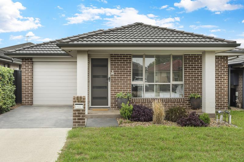 58 Wiseman Circuit, Ropes Crossing NSW 2760-1