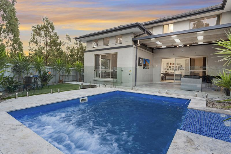 22B Woolls Crescent, Ropes Crossing NSW 2760-1